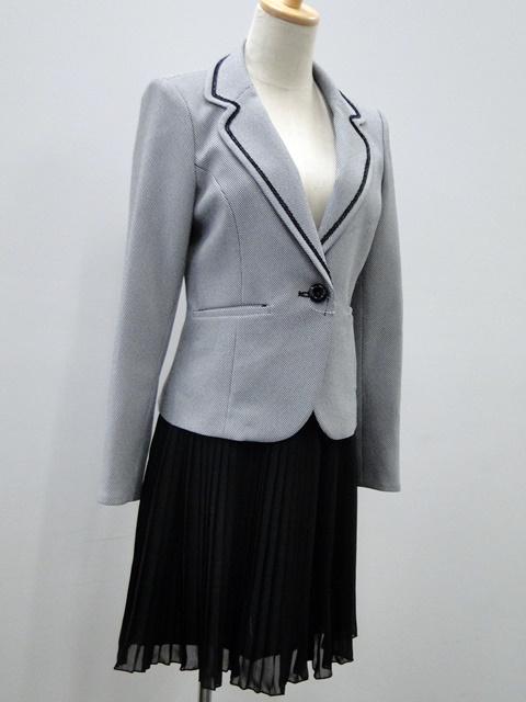【ニッセン】異素材スーツのシンプルな着こなし