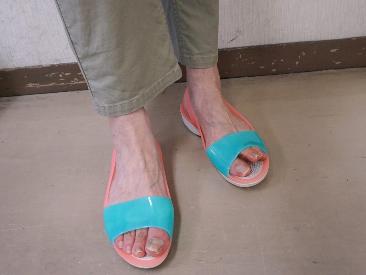 【crocs(クロックス)】ColorBlock flat w カラーブロック フラット ウィメン
