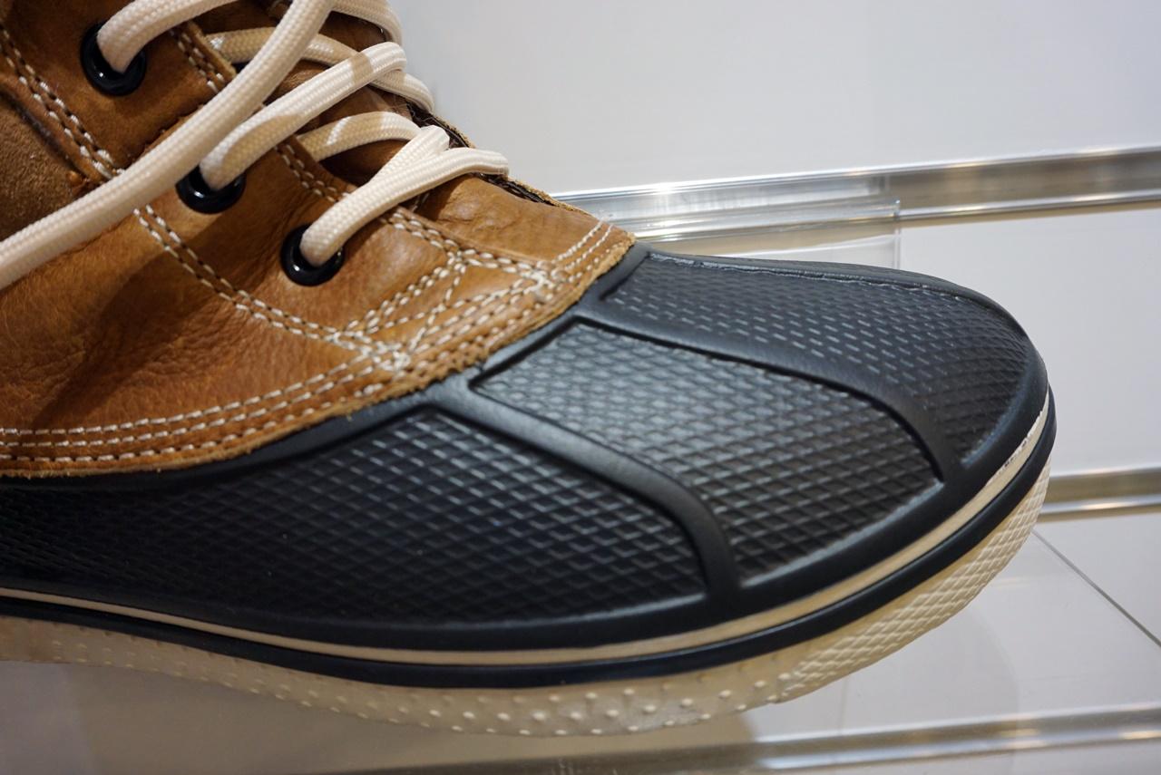 【Crocs(クロックス)】allcast luxe duck boot w オールキャスト ラックス ダックブーツ ウィメン 「クロスライト」素材のボトム