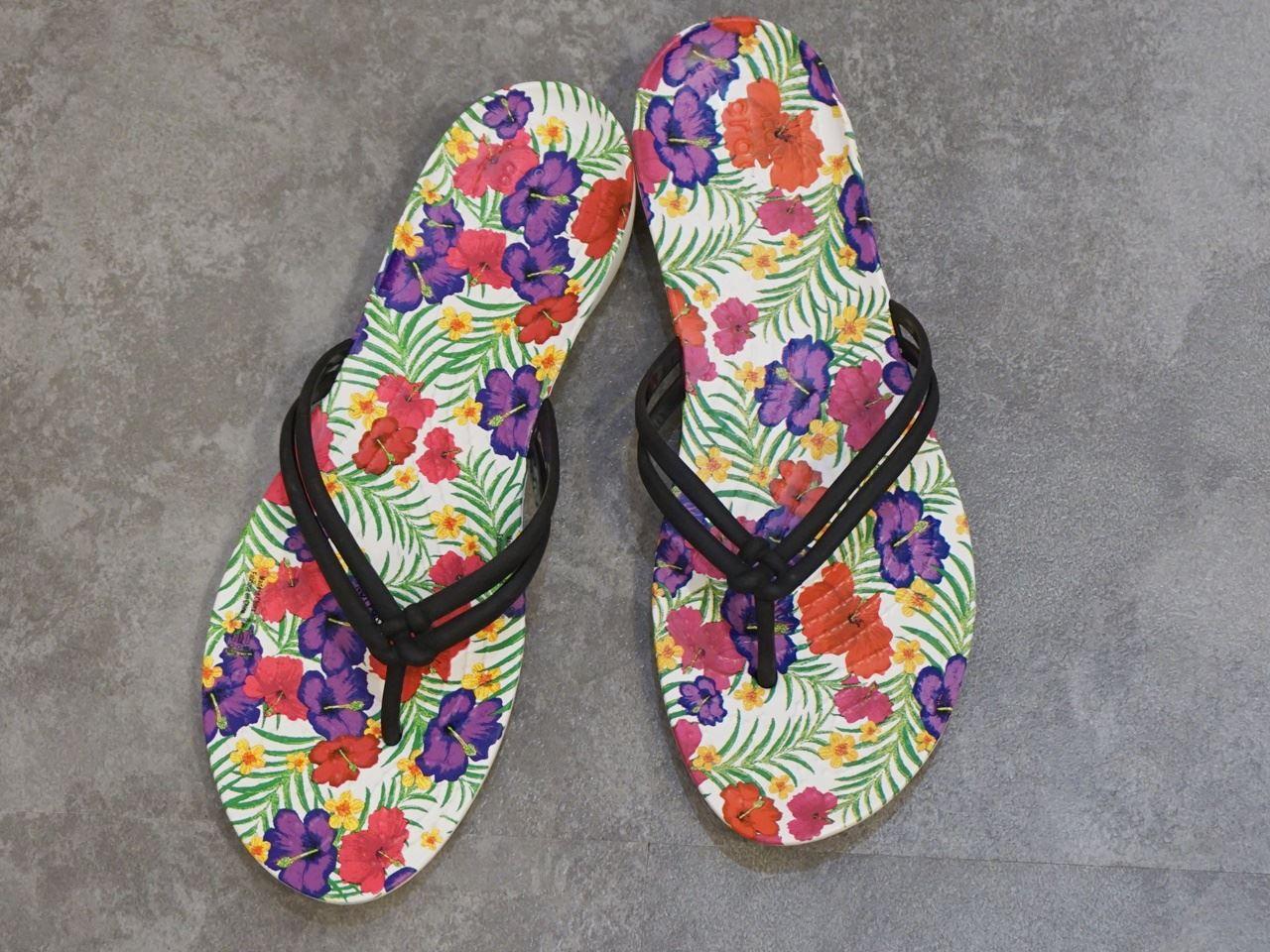 Women's Crocs Isabella Graphic Flip クロックス イザベラ グラフィック フリップ ウィメン