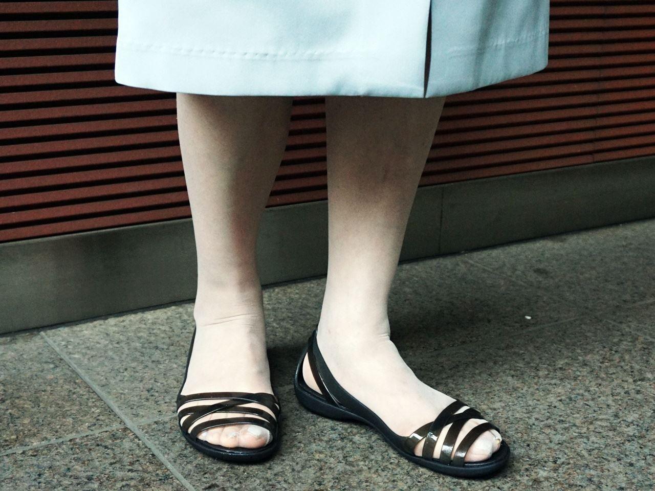 Women's Crocs Isabella Huarache II Flats クロックス イザベラ ワラチェ 2.0 フラット ウィメン