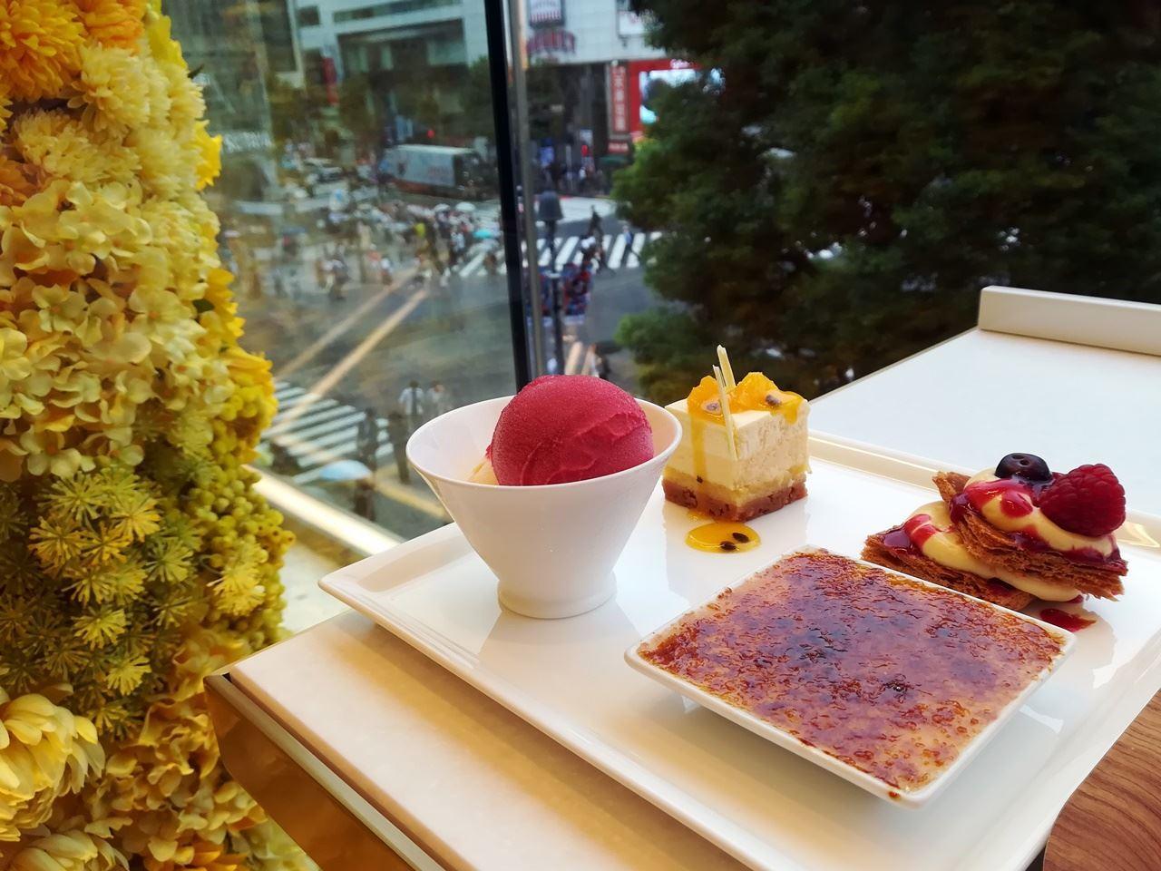 「ロクシタンカフェ by ピエール・エルメ」でプレオープン限定メニューのデザート